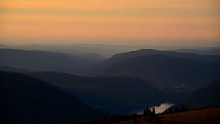 Paisible coucher de soleil sur les Vosges  -  Peaceful sunset on Vosges
