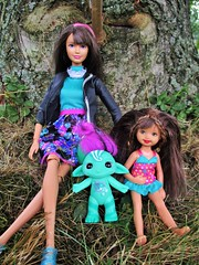 My new Zelf (flores272) Tags: skipperdoll skipper kellydoll staciedoll thezelfs zelfs outdoors toys toy doll dolls barbie barbiedoll
