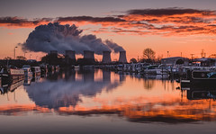 Industrial Dawn (Steve Millward) Tags: nikon nikkor d750 2470 fx fullframe leefilters lee09hardndgrad leelandscapepolariser manfrotto stevemillward perspective composition interesting colour light texture tone mood moment autumn sky cloud nature landscape scenic beautiful drama dramatic outdoor outside england sawleycut nottinghamshire morning dawn sunrise cold frost river reflection reflections smoke boat