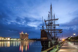 Pirate ship invades Savannah