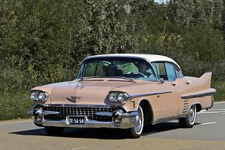 Cadillac Series 62 Sedan DeVille 1958 (3948)