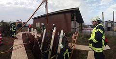 DSC_0742 (Feuerwehr Weblog) Tags: tiefbau tiefbauunfälle trench rescue technicalrescue technische hilfeleistung feuerwehr reiskirchen