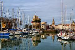 La Rochelle (jjcordier) Tags: larochelle poitoucharentes tour port reflet