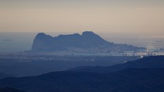 Gibraltar y La Línea (José Rambaud) Tags: gibraltar campodegibraltar straitofgibraltar estrechodegibraltar peñóndegibraltar rock rockofgibraltar bahiadealgeciras lalinea cádiz andalucía parquenaturallosalconorcales