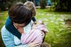 La voz de sus sonrisas, un día de fiesta, pintura de estrellas en sus miradas. #familia #family #momentos #outdoor #exterior #abrazo #embrace #love #mum #madre #mother (teresayanesfoto&gráfica) Tags: embrace abrazo love outdoor mother mum momentos family familia madre exterior