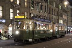 Wagon - Restaurant 647 von Bernmobil ( Baujahr 1935 - Hersteller SIG - MFO - Strassenbahn Bern Tram Tramwagen ) unterwegs in der Stadt Bern im Kanton Bern der Schweiz (chrchr_75) Tags: christoph hurni schweiz suisse switzerland svizzera suissa swiss chrchr chrchr75 chrigu chriguhurni chriguhurnibluemailch november2017 november 2017 albumzzz201711november bernmobil svb strassenbahn sporvogn tram raitiovaunu sporvagn トラム trikk bonde tranvía albumtramvonbernmobil bern berne berna bärn bundesstadt zähringerstadt unesco welterbe stadt city ville altstadt hauptstadt schweizer albumstadtbern meinbern kantonbern stadtbern シティ by 城市 città город stad ciudad sveitsi sviss スイス zwitserland sveits szwajcaria suíça suiza