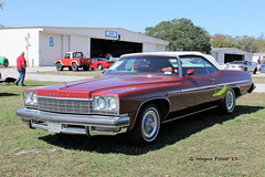 1975 Buick LeSabre Custom Convertible (Gerald (Wayne) Prout) Tags: 1975buicklesabrecustomconvertible 2017winterfloridaautofestlakeland lakelandlinderregionalairport cityoflakeland polkcounty florida usa stateofflorida prout geraldwayneprout canon canoneos60d eos 60d digital camera photographed photography display 1975 buick lesabre custom convertible gm generalmotors automobile vehicle classic vintage antique historical car carshow carlisleauctions carlisle auction 2017 winter autofest lakeland linder regional airport city polk county