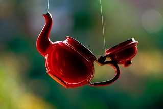 The red teapot (3)