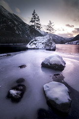 Hintersee (sus@) Tags: schnee snow frozen landschaft landspae ice cold colour lake europe hintersee sunset clouds island bavaria