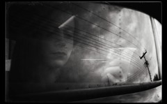 * (PattyK.) Tags: ioannina giannena giannina epirus ipiros balkans hellas ellada greece grecia griechenland whereilive snapseed amateurphotographer ιωάννινα γιάννενα γιάννινα ήπειροσ βαλκάνια ελλάδα νοέμβριοσ φθινόπωρο november 2017 autumn monochrome blackandwhite άσπροκαιμαύρο εγώ αντανάκλαση παράθυρο reflection myself i selfportrait lines