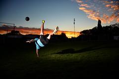 Alta velocidad!! ⚽☇ (pablofelcaro1) Tags: nikon nikonphotographers nikontop photography photographer photo yongnuo yongnuoyn685 flash dzoom futbol speed nikkor sport speedlite