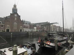 Pelgrimvaderskerk and boats on Aelbrechtskolk, Delfshaven, Rotterdam, Netherlands (Paul McClure DC) Tags: delfshaven rotterdam netherlands thenetherlands southholland zuidholland nov2017 architecture historic scenery
