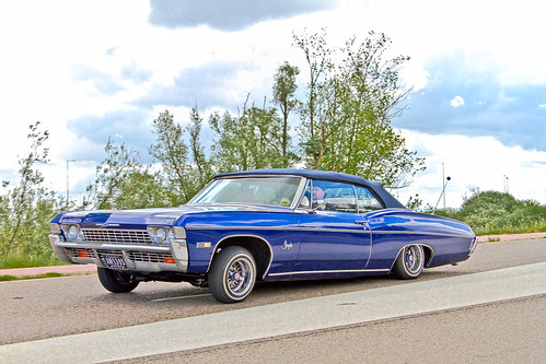 Chevrolet Impala 396 Convertible 1968 with Majestics Air suspension (0870)