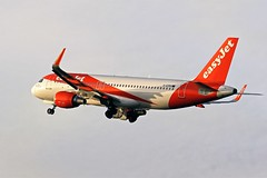 G-EZRG EASYJET AIRBUS A320 NEWCASTLE (toowoomba surfer) Tags: airline airliner jet aeroplane aircraft aviation ncl egnt