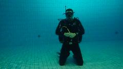 PB246699 (Scubaland Búváriskola) Tags: scubalandbuvarsuli scubaland padi owd skills practice divingisfun