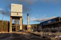 Castlebridge Colliery demolition (DCT Photography) Tags: castlebridge demolition colliery mining coal pit complex longannet satellite clackmannanshire scotland scottish gartlove uk britishcoal shaft board national ncb sunk industry abandoned rails