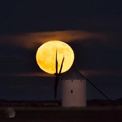 Aspas (juan_maynar) Tags: luna landscapes nocturna noche night nocturnas molino juanmaynar d7200 nikon