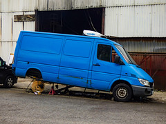High Jacked (Steve Taylor (Photography)) Tags: jack hubbard woolwich wheelchange black blue white crazy mad odd strange uk gb england greatbritain unitedkingdom london vehicle van cabledrum drum