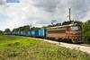 Train 48121 - Front (Krali Mirko) Tags: bdz tp cargo freight train containers sand electric locomotive skoda 68e6 45186 samuil bulgaria railway transport бдж влак локомотив самуил българия