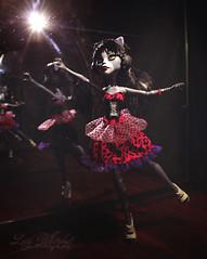 Purrsephone (Lucy Whitebat) Tags: monsterhigh doll dolls osalina mattel photo photos mh 2017 monsterhigh2017 photoshoot purrsephone purrsephoneandmeowlody werecat cat twins ghoulspirit