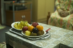 ميوة (heshaaam) Tags: fruit basket bahrain muharraq mother home