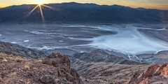 Dante's View (magnetic_red) Tags: sunset sunrays view vista playa mountains desert deathvalley