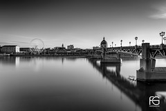 Toulouse BW (Fabien Georget (fg photographe)) Tags: bridge pont pontsaintpierre sunlighttoulouse water landscape paysage sky ayezloeil beautifulearth bigfave canoneos600d canon elitephotography elmundopormontera eos fabiengeorget fabien fgphotographe flickr flickrdepot flickrunited georget geotagged flickunited winter mordudephoto nature paysages perfectphotograph perfectpictures wondersofnature wonders supershot supershotaward theworldthroughmyeyes shot photography photo greatphotographer french noiretblanc sunset bw occitanie midipyrénnées eau waterscape