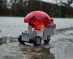 Bit Draughty (captain_joe) Tags: toy spielzeug 365toyproject lego minifigure minifig moc car auto bubble
