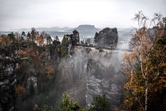Moody Day (Fabian Fortmann) Tags: bastei sächsischeschweiz sachsen elbsandsteingebirge bridge mountain moody fog autumn herbst germany deutschland