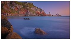 Ansteys Cove, Torquay (simondayuk) Tags: torquay devon torbay englishriviera cove sea sunrise dawn waves coastal kitlens d5300 nikon ansteys
