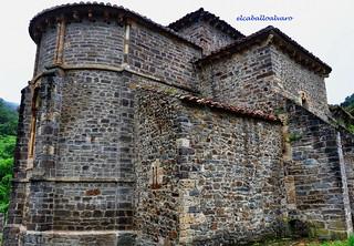 554 – Ábside - Iglesia Santa María de Piasca (Cantabria) - Spain.