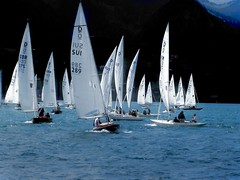 sailing (eyeflyer) Tags: sailboats sailing segeln segler regatta thunersee switzerland