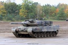 Leopard 2 A7  / German Armed Forces (Combat-Camera-Europe) Tags: armee army exercises militär military kmweg rheinmetall mbt tank panzer tanks track kampfpanzer leopard2 leopard2a7 germanarmedforces bundeswehr nato otan 2kpz leopard 2ilümunsterbergenkampfpanzermain battle a7 kettenfahrzeug trackvehicle tracks
