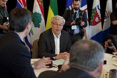 Premier/premier ministre Selinger during the meeting/durant la rencontre