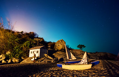 The Little House on the Beach (free3yourmind) Tags: little house beach sand night sky stars starry huahin thailand boat