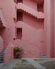 La Muralla Roja (Lukas Schlatter) Tags: calpe ricardobofill bofill murallaroja lamurallaroja