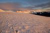 Camminando nell'ebrezza serale (EmozionInUnClick - l'Avventuriero photographer) Tags: sibillini neve orme panorama tramonto