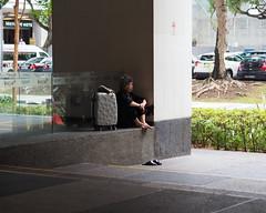 Singapore 2017 (16) (prapb) Tags: singapore candid street streetphoto city urban alone lonely alienation
