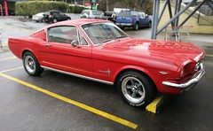 Mustang (Ross Major) Tags: red mustang car park victoria melbourne australia huawei p9 auto