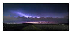 Storm is comming  - das Gewitter kommt (mmsig) Tags: wedemark niedersachsen deutschland de 2016 juni landschaft langzeitbelichtung storm weather wetter sunset lzb sky landscape horizont horizon mmsig magic moment mcmfotografie scape wolken clouds lightning blitz gewitter licht light sommer summer germany lowersaxony himmel thunderstorm mammatus nacht night