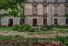 Château abandonné - HDR (gilles_t75) Tags: d7200 france gillest hdr nikkor1024mmf3545 nikon bracketing exposurefusion highdynamicrange photohdr photomatix tonemapping urbex lieuabandonné explorationurbaine château ruines