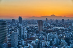 Tokyo and Mt. Fuji (yiming1218) Tags: tokyo cityscape sunset mt fuji fujisan nightscape evening blue hour 東京 富士 富士山 日本 日落 黃昏 landscape sel2470gm g master gm sony ilce7rm2 a7rm2 a7r2 mtfuji mountain