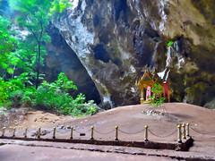Phiraya Nakhon Cave National Park (scardeoni_fabrizio) Tags: phiraya nakhon cave national park thailandia grotta tempio budda salita discesa