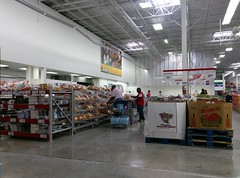 Long view of the service department area - only the bakery sign remains :( (l_dawg2000) Tags: 2017remodel apparel café desotocounty electronics food gasstation meats mississippi ms pharmacy photocenter remodel samsclub southaven tires walmart wholesaleclub unitedstates usa