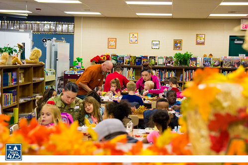 "2017 Lincoln Serves Thanksgiving Meal • <a style=""font-size:0.8em;"" href=""http://www.flickr.com/photos/150790682@N02/37830346034/"" target=""_blank"">View on Flickr</a>"
