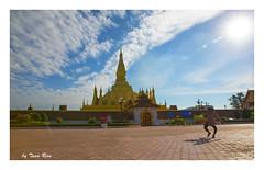 SHF_1136_That Luang: the great golden stupa, the symbol of Vientiane and Laos (Tuan Râu) Tags: 1dmarkiii 14mm 100mm 135mm 1d 1dx 2470mm 2017 50mm 70200mm tuấnrâu2017 canon canoneos1dmarkiii canoneos1dx thatluang laos vientiane thạpluông cloud mây người bóngđổ goldenstupa tuanrau tuan râu httpswwwfacebookcomrautuan71