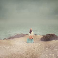 Self Portrait 30/52 (Teresa Risco) Tags: sea ocean cliff acantilado beach woman girl lady skirt vintage suitcase maleta sitting sentada backportrait backshot back hat