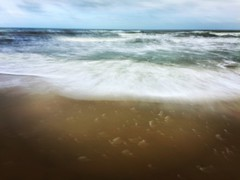 A little Slo-Mo at the beach (Fiona Katarina) Tags: beach ocean water slow motion slowmotion sea sand sky blur intentionalcameramovement icm iphone iphoneography iphoneographer snapseed