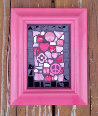 4-2 hot pink finished (toadranchlady) Tags: mosaicart mixedmediamosaic temperedglass stainedglass foundobjects