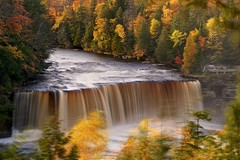 tahquamenon falls (twurdemann) Tags: autumn bwnd106 ephemeral fall2017 fallcolor fallcolour foliage forest fujixt1 hiawathanationalforest landscape leaves longexposure lucecounty michigan michiganstatepark nature neutraldensityfilter northernmichigan october scenery statepark tahquamenonfalls tahquamenonriver tannin trees unitedstates upperpeninsula viveza water waterfall xf55200mm